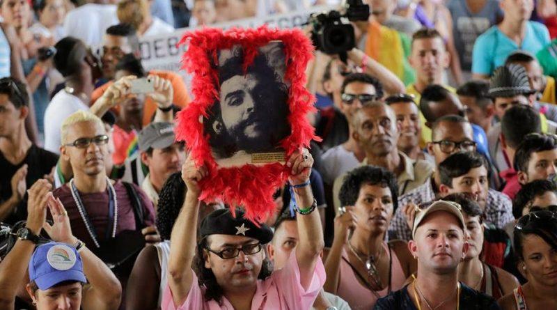 El Che de los Gays levantacuadro